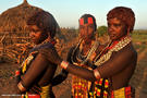 28-young-hamer-girl-omo-river